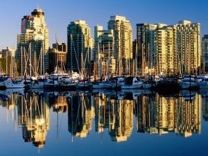 Coal Harbour Marina, Vancouver, Canada by David Tomlinson