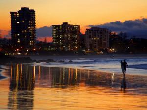 Dusk, Coolangatta, Gold Coast, Queensland, Australia by David Wall