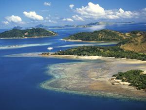Malolo Island, Mamanuca Islands, Fiji by David Wall