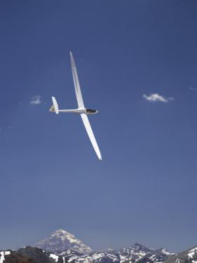 Racing in Fai World Sailplane Grand Prix, Andes Mountains, Chile by David Wall