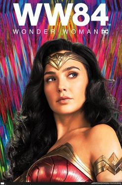 DC Comics Movie - Wonder Woman 1984 - Pose