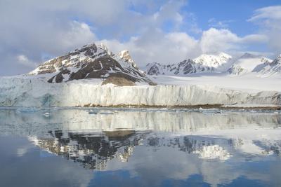 Smeerenburg Glacier, Smeerenburg Fjord, Svalbard, Norway, July 2008
