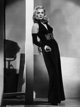 Dead Reckoning, Lizabeth Scott, Modeling a Gown by Jean Louis, 1947