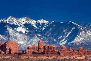 Balanced Rock Trail by Dean Fikar