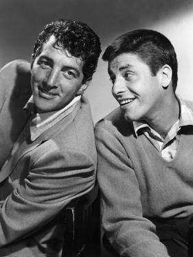DEAN MARTIN AND JERRY LEWIS in the 50's, 1953: American comic team Dean Martin (L) and Jerry Lewis