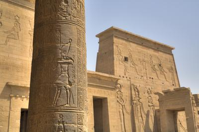 https://imgc.allpostersimages.com/img/posters/decorative-relief-on-column-from-outside-the-birth-house-temple-of-isis_u-L-PWFT1G0.jpg?p=0