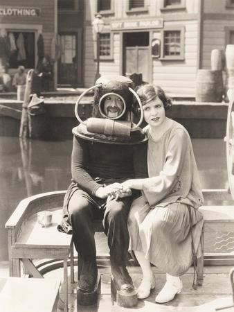 https://imgc.allpostersimages.com/img/posters/deep-sea-diver-love_u-L-Q1BVYH40.jpg?artPerspective=n