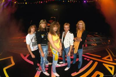 Def Leppard - Round Stage 1987