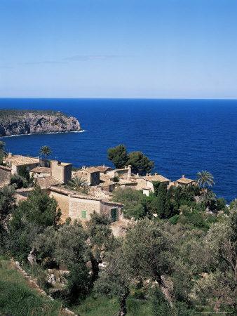 https://imgc.allpostersimages.com/img/posters/deia-majorca-balearic-islands-spain-mediterranean_u-L-P1JMWQ0.jpg?p=0