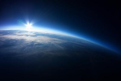Near Space Photography - 20Km above Ground / Real Photo Taken from Weather Balloon / Universe Strat