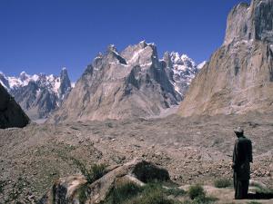 Karakoram, Pakistan by Demetrio Carrasco