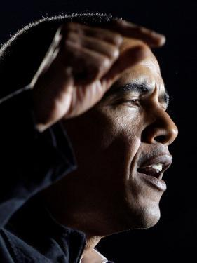 Democratic Candidate for President, Barack Obama Speaks at Rally Day Before Election, Nov 3, 2008