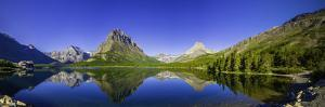 Swiftcurrent Lake by dendron