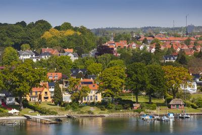 https://imgc.allpostersimages.com/img/posters/denmark-funen-svendborg-elevated-town-view_u-L-Q13BRRS0.jpg?p=0