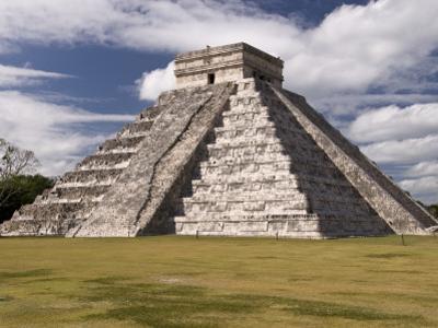 El Castillo, Pyramid of Kukulca by Dennis Johnson