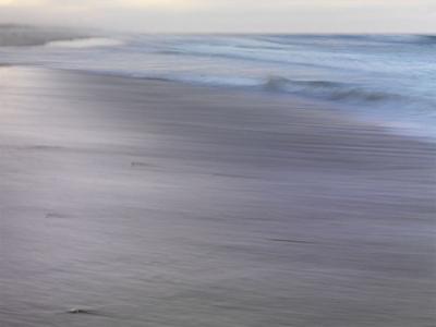 Dreamy Seashore by Derek Jecxz