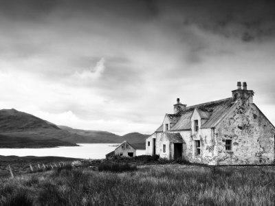 https://imgc.allpostersimages.com/img/posters/deserted-farm-near-arivruach-isle-of-lewis-hebrides-scotland-uk_u-L-PXSZYQ0.jpg?p=0