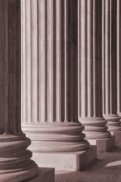 Pillars 2 by Design Fabrikken