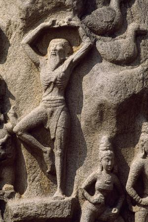 https://imgc.allpostersimages.com/img/posters/detail-of-a-relief-depicting-the-descent-of-the-god-ganges-mahabalipuram-rock-sanctuary_u-L-PQ2OAX0.jpg?p=0