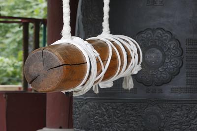 https://imgc.allpostersimages.com/img/posters/detail-of-buddhist-bell-seoul-south-korea_u-L-Q1GYHTU0.jpg?artPerspective=n