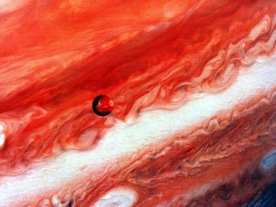 https://imgc.allpostersimages.com/img/posters/detail-of-jupiter-and-its-inner-satellite-lo_u-L-PTXCYE0.jpg?artPerspective=n