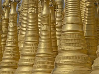 https://imgc.allpostersimages.com/img/posters/detail-of-old-buddhist-temple-n-the-inle-lake-region-shan-state-myanmar-burma_u-L-PWFINT0.jpg?p=0