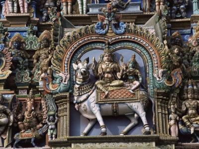 https://imgc.allpostersimages.com/img/posters/detail-of-shri-meenakshi-sundareshwarar-temnple-madurai-tamil-nadu-state-india_u-L-P1T9VJ0.jpg?p=0