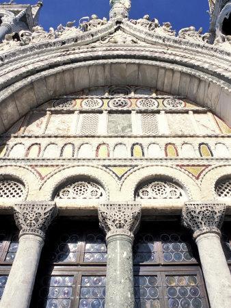 https://imgc.allpostersimages.com/img/posters/detail-of-st-mark-s-basilica-venice-veneto-italy_u-L-P1TXEJ0.jpg?p=0