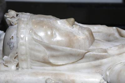 https://imgc.allpostersimages.com/img/posters/detail-of-the-recumbent-effigy-on-the-tomb-of-isabella-of-aragon-wife-of-philip-iii-the-bold_u-L-Q1GYGGN0.jpg?artPerspective=n