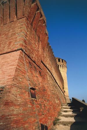https://imgc.allpostersimages.com/img/posters/detail-of-walls-of-manfredi-fortress_u-L-PP9P2T0.jpg?p=0
