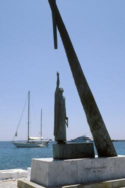 Monument To Pythagoras of Samos by Detlev Van Ravenswaay