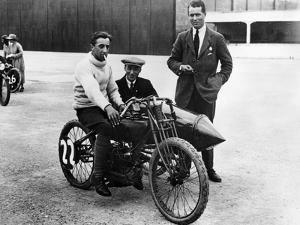 Dh Davidson on a Flat Twin Harley-Davidson, Brooklands, Surrey, 1920