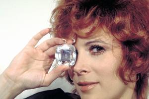 DIAMONDS ARE FOREVER, 1971 directed by GUY HAMILTON Jill St. John (photo)