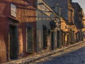 San Miguel De Allende, Mexico by Diane Miller