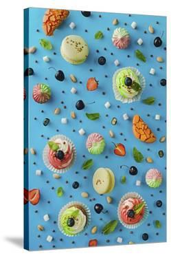 Sweet Pattern: Cupcake by Dina Belenko