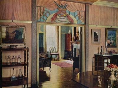 https://imgc.allpostersimages.com/img/posters/dining-room-designed-by-c-maresco-pearce-1941_u-L-Q1EF8I40.jpg?artPerspective=n