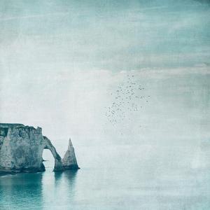 Porte d'aval & Aiguille - Normandy by Dirk Wuestenhagen