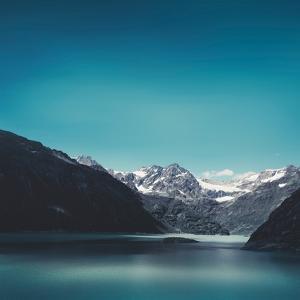 Turquoise Mountain Lake by Dirk Wuestenhagen