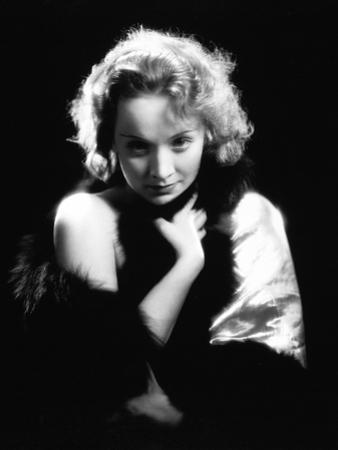 Dishonored, Marlene Dietrich, Directed by Josef Von Sternberg, 1931