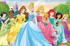 Disney Princess - Castle Lawn Group