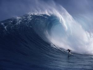 Distant Surfer