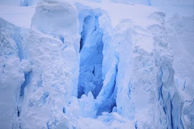 Broken Iceberg by DLILLC