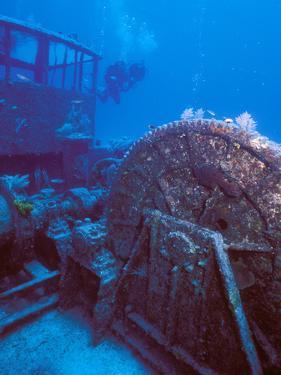 Doc Polson Wreck in the sea, Grand Cayman, Cayman Islands