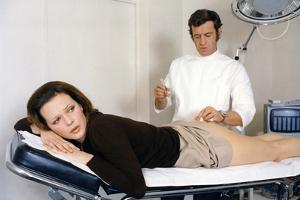 Docteur Popaul by Claude Chabrol with Jean Paul Belmondo and Laura Antonelli, 1972 (photo)