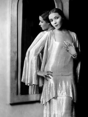 Dolores Del Rio, 1929