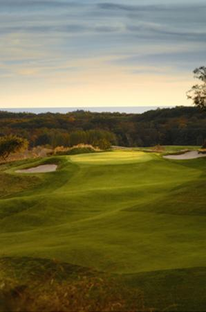 Crystal Downs Country Club, bunkers