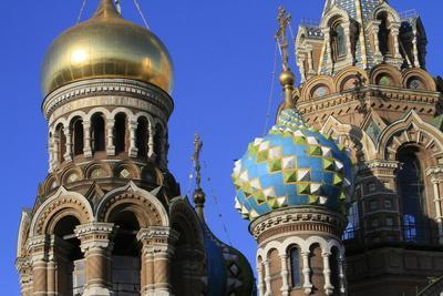 https://imgc.allpostersimages.com/img/posters/domes-church-of-our-saviour-on-spilled-blood-church-of-resurrection_u-L-Q1GYHSC0.jpg?artPerspective=n