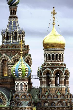 https://imgc.allpostersimages.com/img/posters/domes-of-church-of-the-saviour-on-spilled-blood-unesco-world-heritage-site-st-petersburg-russia_u-L-PWFTBS0.jpg?p=0