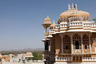 https://imgc.allpostersimages.com/img/posters/domes-of-deogarh-mahal-palace-hotel-deogarh-rajasthan-india-asia_u-L-Q12SE0D0.jpg?p=0