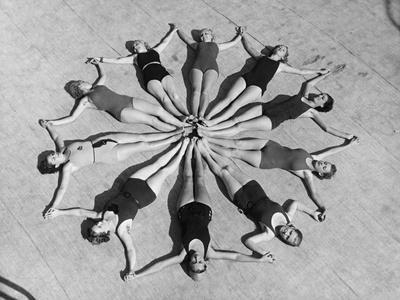 https://imgc.allpostersimages.com/img/posters/don-floripondio-1939_u-L-Q10TTC00.jpg?artPerspective=n